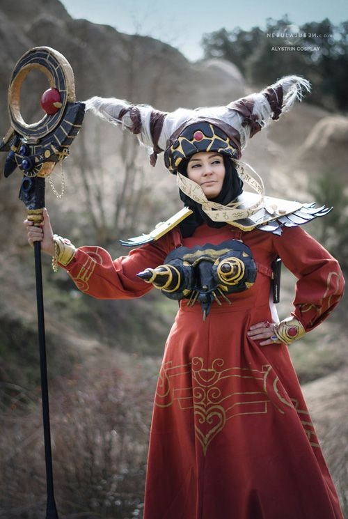 Rita Repulsa from Mighty Morphin Power Rangers Cosplay http://geekxgirls.com/article.php?ID=9573