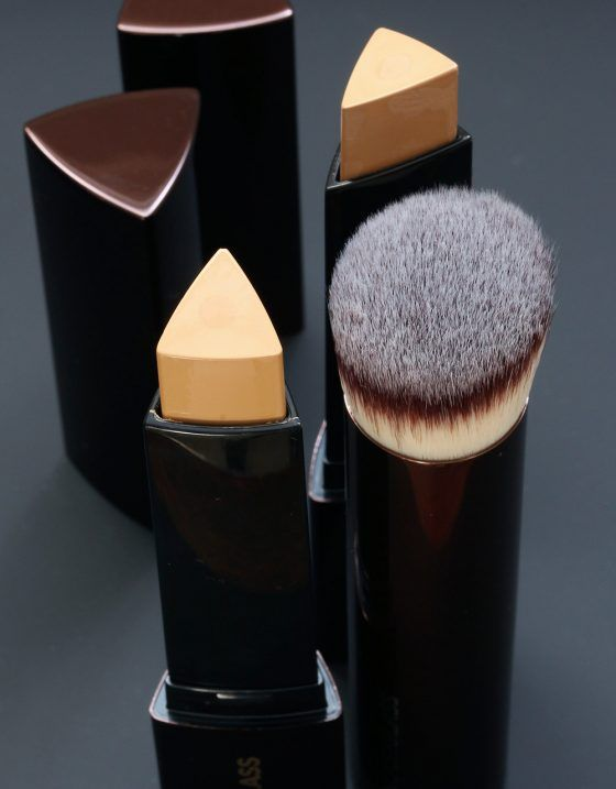 These Hourglass Vanish Seamless Finish Foundation Sticks Make Unevenness and Redness Go *POOF!*