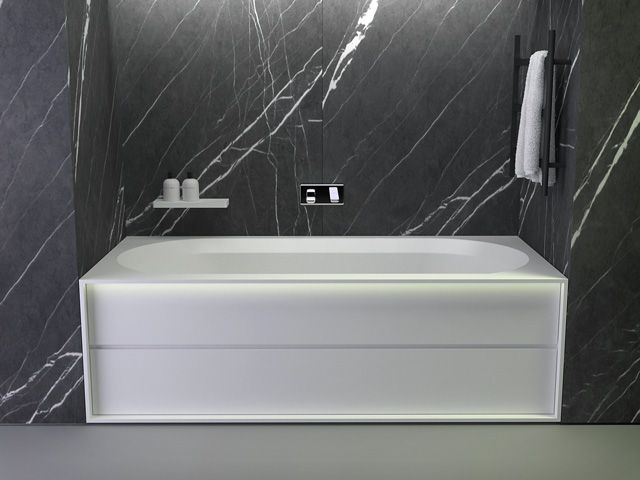 1000 images about baignoires on pinterest bathroom shop freestanding bathtub and angles. Black Bedroom Furniture Sets. Home Design Ideas
