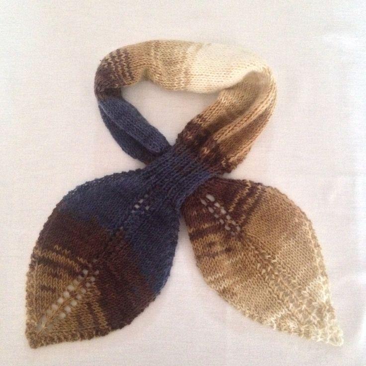 "Vintage style keyhole leaf scarf ""Autumn Leaf scarf"" by PixiesFairies on Etsy"
