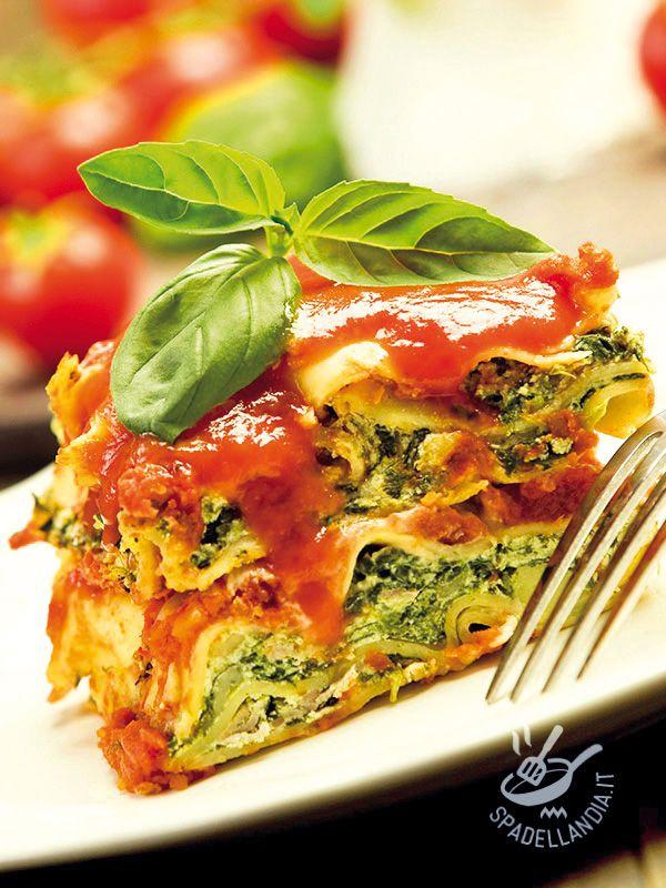 Le Lasagne di ricotta e spinaci sono il vero must in tavola! Implicano un piccolo strappo di calorie alla dieta, un po' di impegno ma grande soddisfazione! #lasagnediricottaspinaci