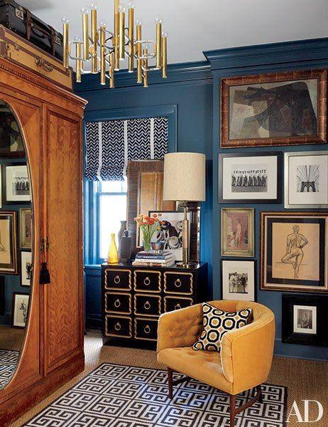 おしゃれな部屋には額を上手く取り入れたインテリアコーディネートがあります。リビングルームではコーディネートの主役にもなりますし、上手く取り入れるとよいでしょう。海外のハイセンスな家にはどんな飾り方があるのか、さまざまな部屋別にコーディネート例をご紹介します。