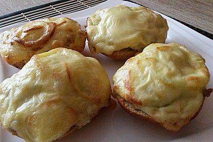 Überbackene Brötchen mit Mett und Käse (Rezept mit Bild) | Chefkoch.de