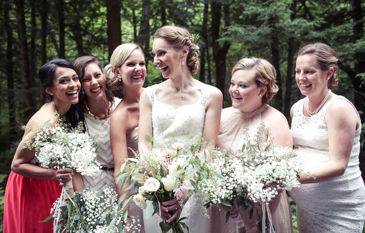 Mismatched pink bridesmaid dresses - photo by New Vintage Media