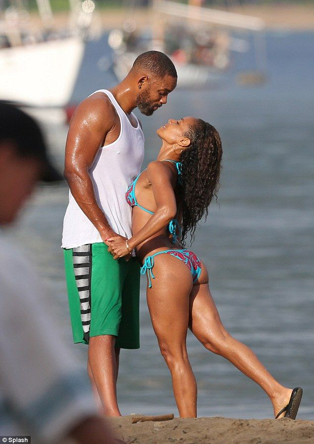 Star Sitings - Jada Rocks Her Natural Curls On Vacay And Gabby Got Her Some Twists  Read the article here - http://www.blackhairinformation.com/general-articles/celebrities/star-sitings-jada-rocks-natural-curls-vacay-gabby-got-twists/