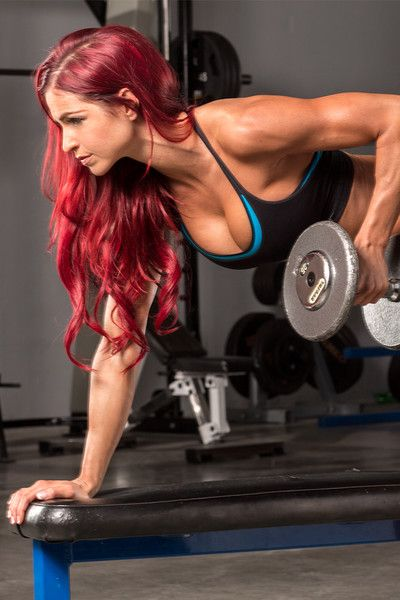These 30-minute, upper-body intensive routines blasts your back, chest, and shoulders, sculpting hella strong muscles that will make every season tank top season.