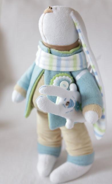 Toys+things: Друг для зайки
