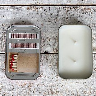 DIY Candles and candle holders are a perfect way to get creative and make at home. Not only are they a perfect give for the holidays or special occasions, do-it-yourself candles can add some wonderful decor and style to your home. Learn how to create your own DIY candles without the nasty chemicals with these sensational diy tutorials! You'll learn how to create some wonderful candle crafts like some gold-dipped log candle holders, scented candles made with vanilla and coffee beans…