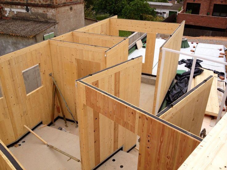 Montaje de vivienda de madera en San Cugat (Barcelona)  #construccion #arquitectura #diseño