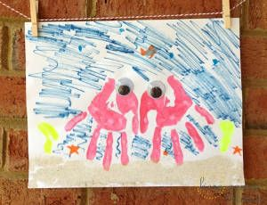 Handprint Art Crab! What a cute and simple summer craft.