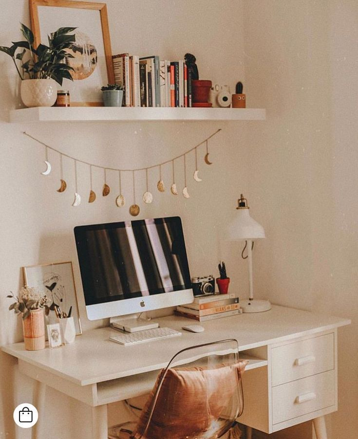 Office Styling Idea Ideas Design Organization For Women Feminine Desk Work From Home Classy Wohnheim Zimmer Raumdekoration Zimmer Dekor Ideen