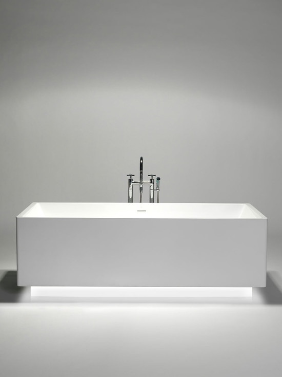 Blu Bathworks   Available At European Sink Outlet