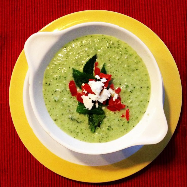 Cold cucumber soup by basilandoil.