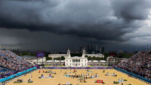Sunny and scary stormy all at the same time from day 2 of #lond2012 #showjumping