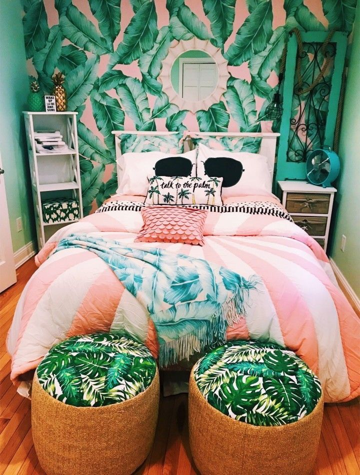 Pin By Elle Bell On Instagram Inspo Bedroom Themes Tropical