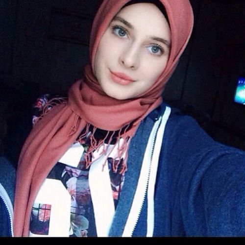 girl, hijab, and chechenka image