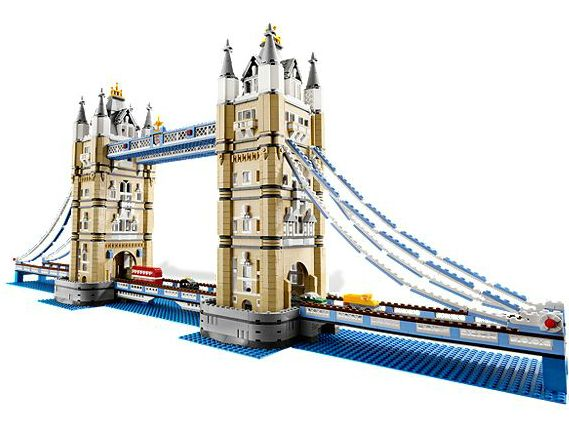 "Brick by Brick Magazine - the Blogger Edition: Lego ""Tower Bridge"" set - Hard to Find!"