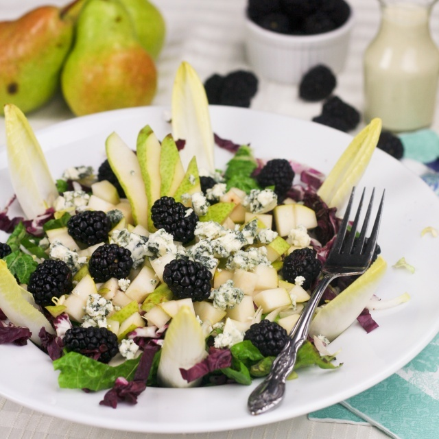Pear, Blackberry and Blue Cheese SaladBlue Chees Salad, Pears Salad, Pears Blackberries, Food, Salad Recipe, Healthy Eating, Blackberries Pears, Bleu Cheese, Blue Cheese Salad