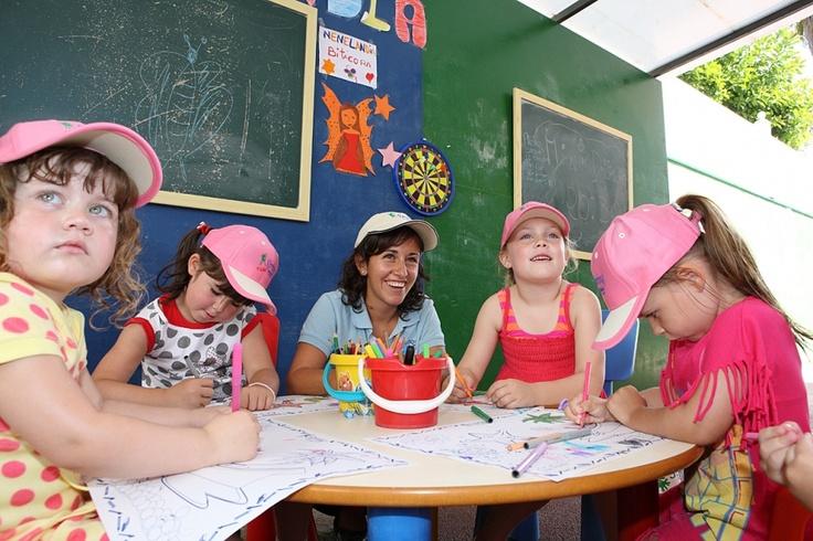Having fun at the Kids Club Nenelandia -Spring Hotel Bitácora