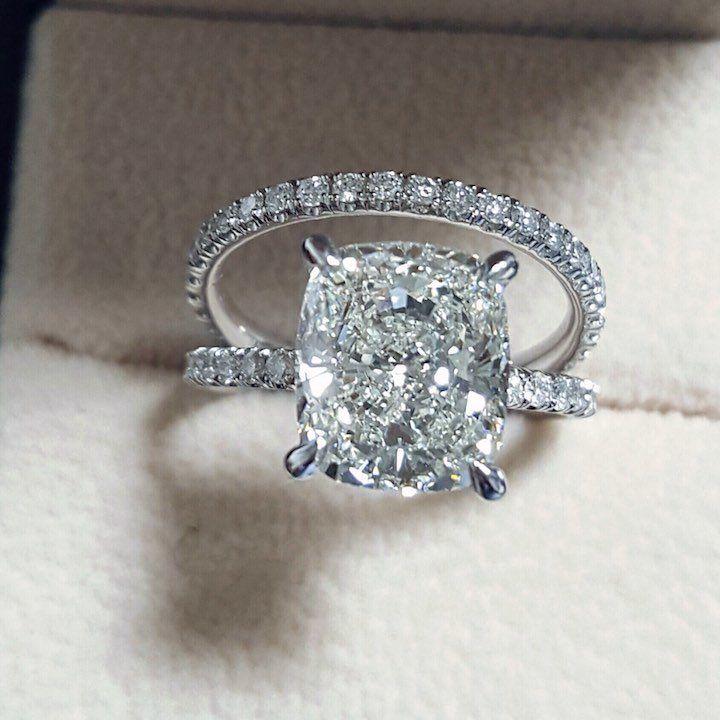 Engagement Ring from Diamond Mansion - MODwedding