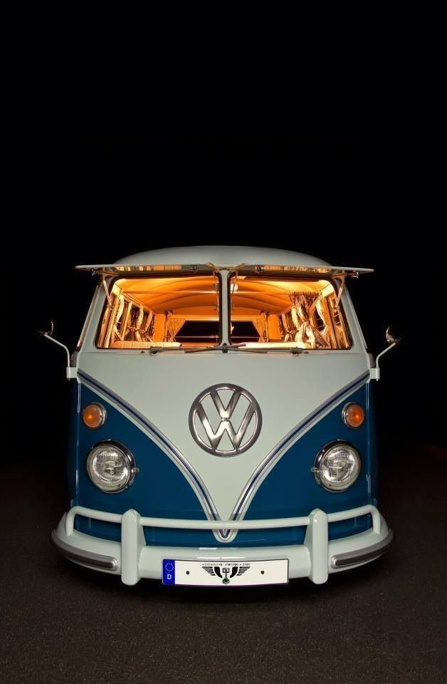 VW Bus https://www.worldtrip-blog.com