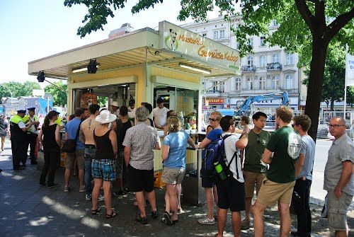 """Another famous snack bar, """"Mustafas Gemüse Kebab"""". It`s directly opposite """"Curry 36"""". The Kebab as it is definitely a good kebab is for a lot of tourist worth a wait of up to 2 hours."""