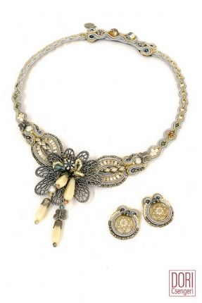 Perception Floral Necklace