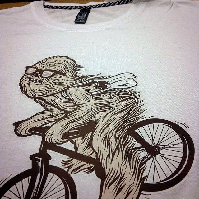 Shirt race yeti