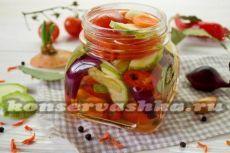 Салат из кабачков и помидоров на зиму - рецепт с фото