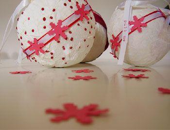 christmas pinatas - what a fun tradition!