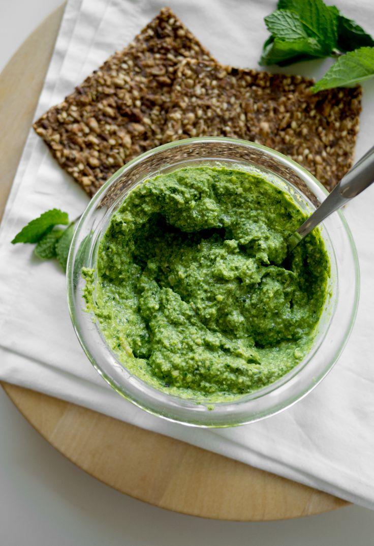 vegan kale & mint pesto - feel good kitchen