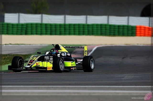 João Vieira prevê uma boa luta na etapa do campeonato italiano de F4 em Rovigo