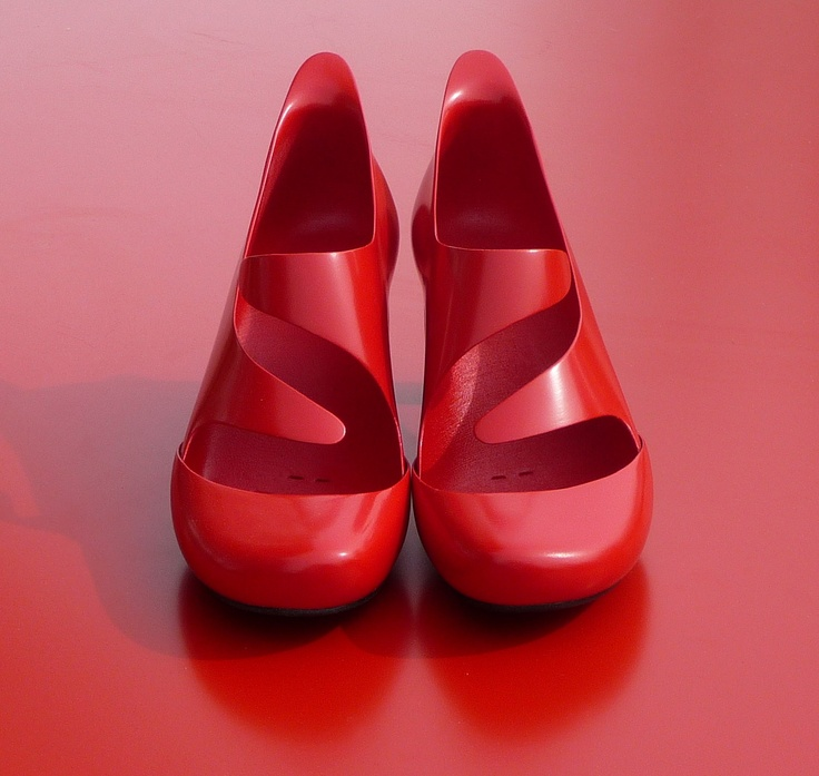 Head Over Heels: shoes I made with 3D printing technology. Actually the first wearable shoes ever made with a 3D printer.
