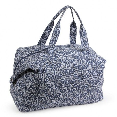 Ditsy Daisy Quilted Weekend Bag | From Paperchase | Price £32