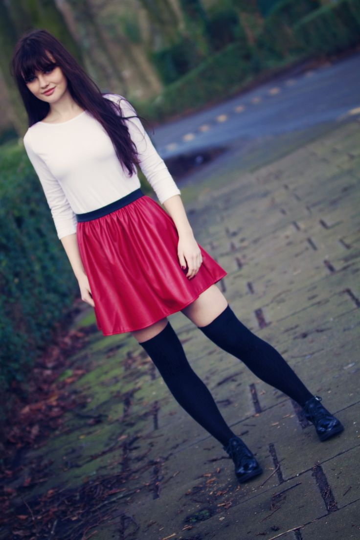 UK teenage fashion and lifestyle blogger. Primark red leather skirt and Topshop cutout boots. Haslam park photoshoot Preston.