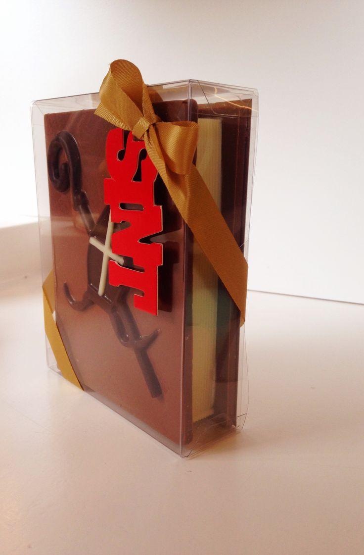 Sint Nicolaas, Sint Nicolaas, geef ons vanavond een bezoek... #Sintcadeau #Chocolade #HopenStork
