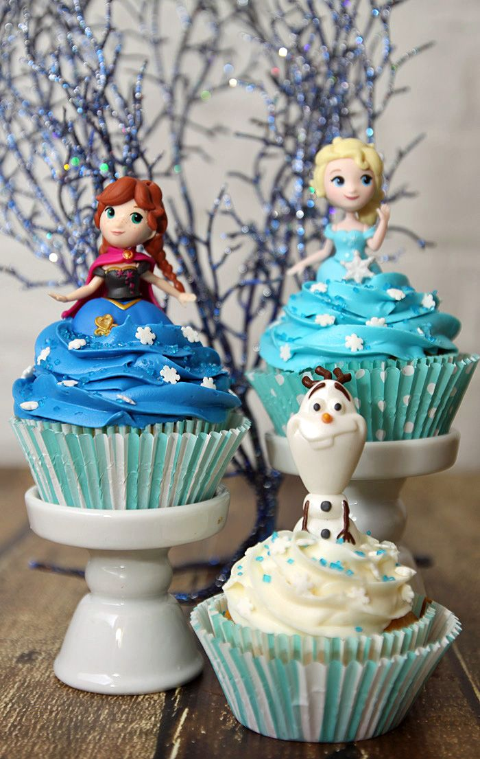 Easy DIY Frozen Cupcake Idea with Elsa Olaf and Anna