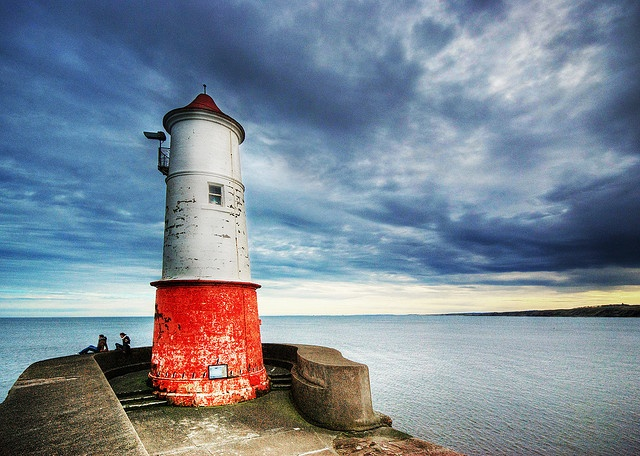 Lighthouse in Berwick Upon Tweed by semi-detached on flickr