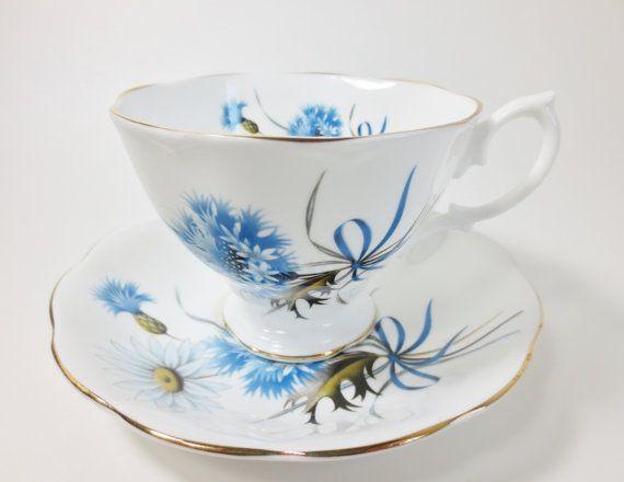 Royal Albert Teacup and Saucer White Daisy Blue Bachelor Button Flowers, Vintage Bone China Cornflower Ribbon Bow Bouquet Teacup, Tea Party