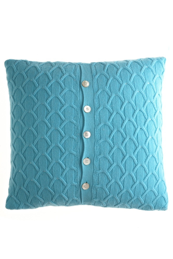DIY with a thrift store pillow 128