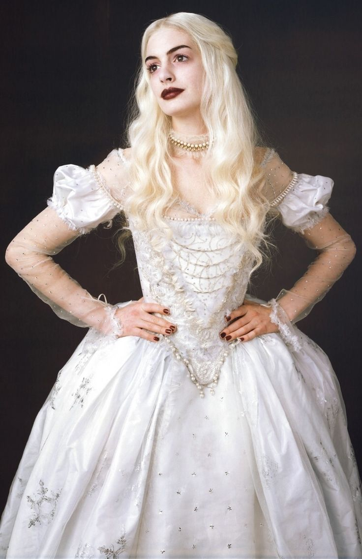 White Queen played by Anne Hathaway in Tim Burton's Alice in Wonderland