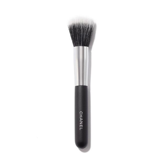Chanel Pinceau Fond De Teint Estompe Blending Foundation Brush #7 1 oz