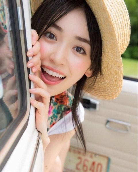 Izumi Rika For those who want to see more of the gravure please: Fully open image fever