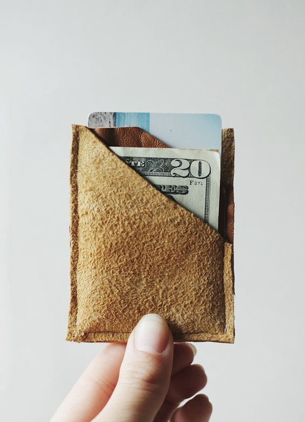 Leather Wallet | 41 DIY Gifts You'll Want To Keep For Yourself | See more DIY projects here http://gwyl.io/