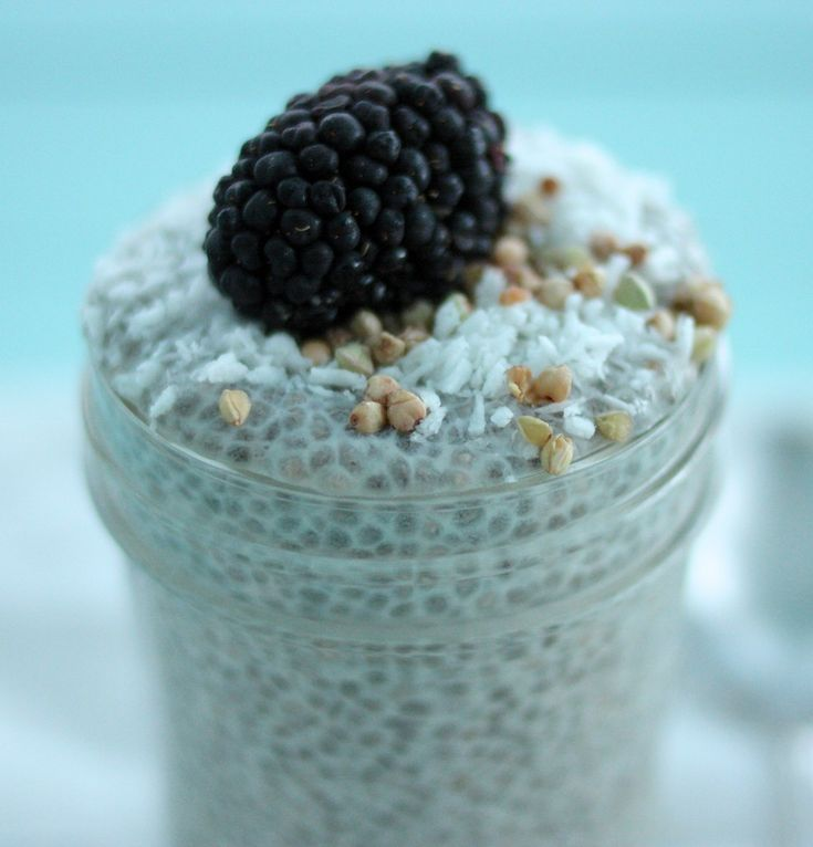 Basic Raw, Vegan Vanilla Chia Seed Pudding: Step by Step Instructions and Recipe! #HealthyRecipes