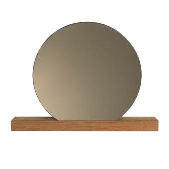 De Reflector spiegel is de perfecte aanvulling op de FIGR1 Surface wandplank, maar is natuurlijk ook op zichzelf een toffe woonaccessoire! Het gekleurde spiegelglas maakt hem extra bijzonder en helemaal hip!