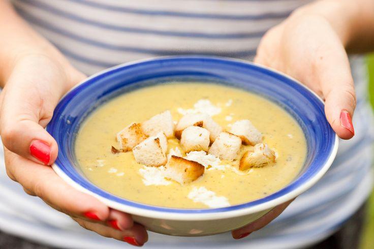 Zupa z cukinii z fetą i grzankami #zupa #cukinia #naobiaddladziecka