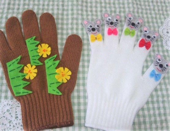 ♫ 1ぴきの~のねずみが~あなぐらに~落っこちて~ちゅっちゅ、ちゅっちゅ、ちゅっちゅ、ちゅっちゅ、おおさわぎ~♪ハンドメイド品です。フェルトで制作した手遊び歌を楽しく演出するグッズ☆手袋です。 。 小さなお子さんのいるお母さまや、幼稚園の先生、保育士さん、幼児教育を学ばれている学生の方、いかがですか?右手は、のねずみ。左手は、コップを握るような格好で、あなぐらに見立てて使用します。カラー軍手を土台�%A