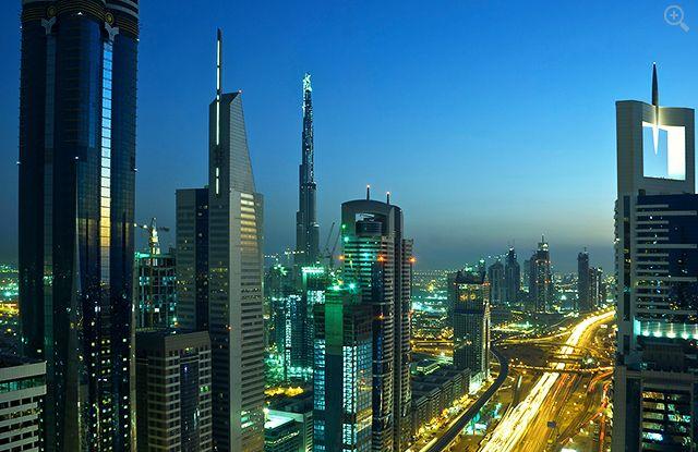 Burj Khalifa Dubai 3 (+ zoom)