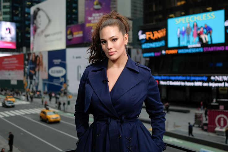 "Ashley Graham Reveals Boyfriends Broke Up With Her Because They Were Afraid She Was Going to Be ""Too Fat"" Later in Life"